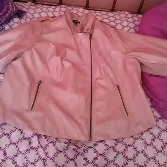 7079a5236dd26 Rose gold faux leather jacket